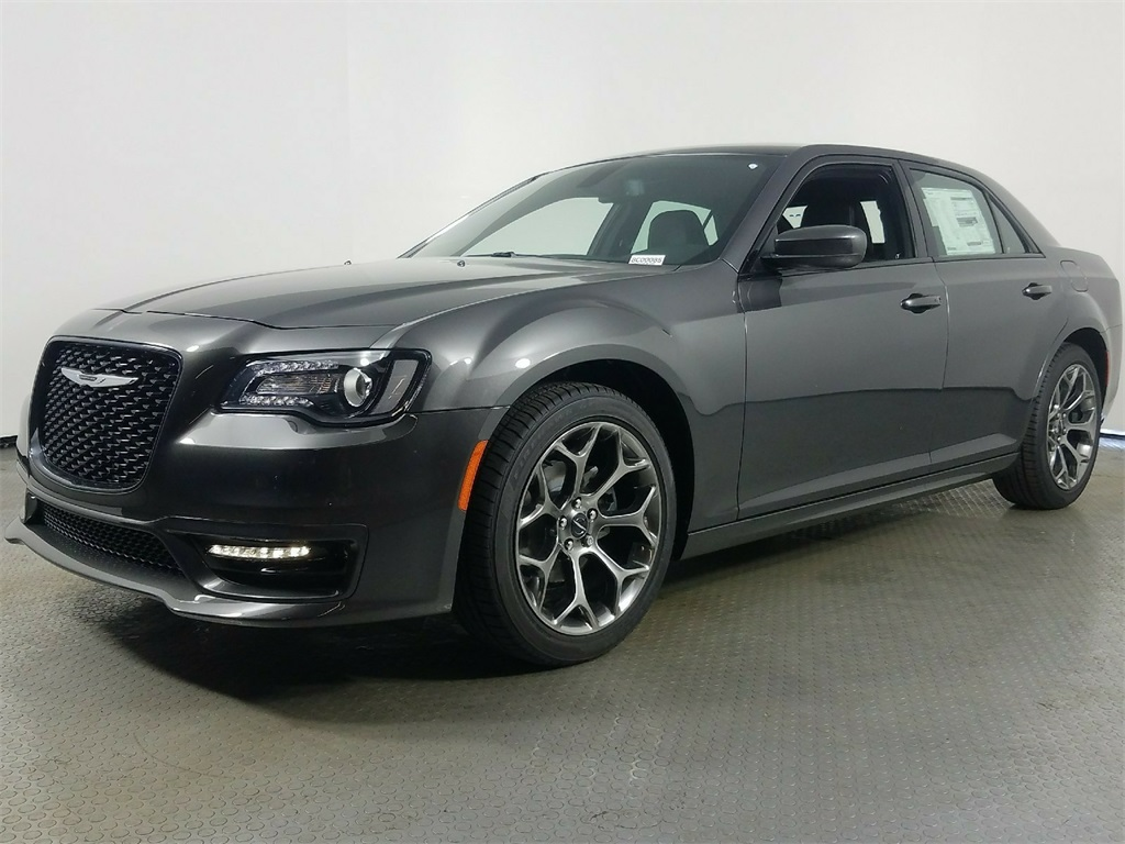 new s low and cars bc for chrysler kms surrey british carpages ca columbia in loaded sale used