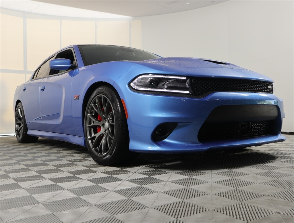 Pre-Owned 2016 Dodge Charger SRT 392