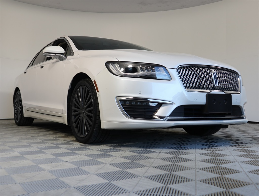 Pre-Owned 2018 Lincoln MKZ Hybrid