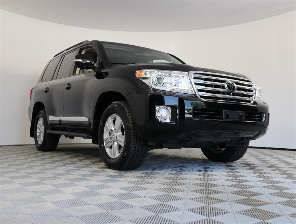 Pre-Owned 2014 Toyota Land Cruiser Base