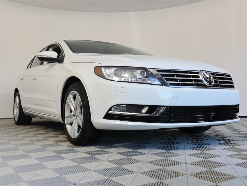 Pre-Owned 2017 Volkswagen CC 2.0T Sport
