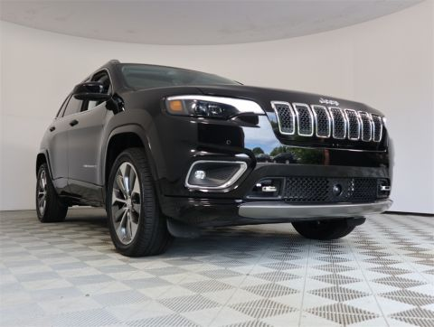 CERTIFIED PRE-OWNED 2019 JEEP CHEROKEE OVERLAND WITH NAVIGATION