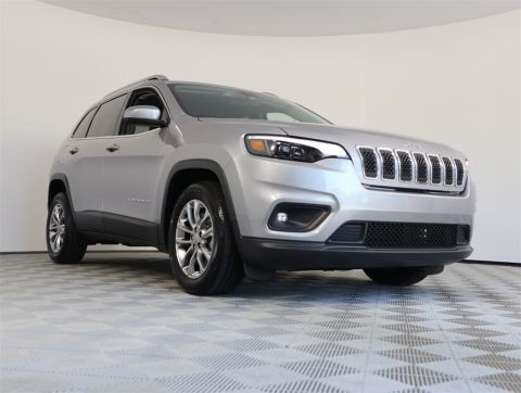 PRE-OWNED 2019 JEEP CHEROKEE LATITUDE PLUS FWD 4D SPORT UTILITY