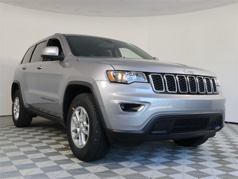 NEW 2020 JEEP GRAND CHEROKEE LAREDO E 4X2