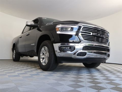 "NEW 2019 RAM 1500 LARAMIE CREW CAB 4X4 5'7"" BOX"