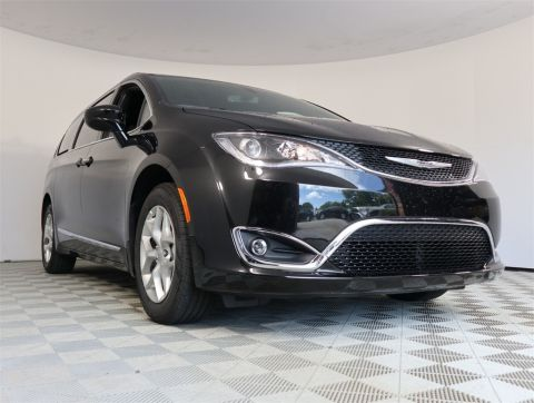 NEW 2020 CHRYSLER PACIFICA 35TH ANNIVERSARY TOURING L