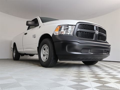 NEW 2019 RAM 1500 CLASSIC TRADESMAN REGULAR CAB 4X2 8' BOX