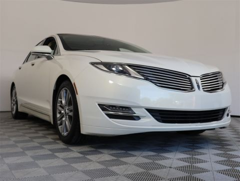 PRE-OWNED 2013 LINCOLN MKZ BASE FWD 4D SEDAN