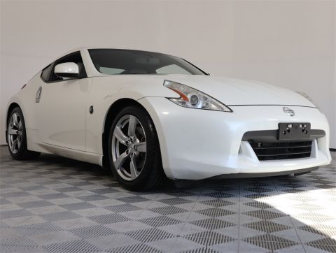 PRE-OWNED 2009 NISSAN 370Z TOURING RWD 2D COUPE